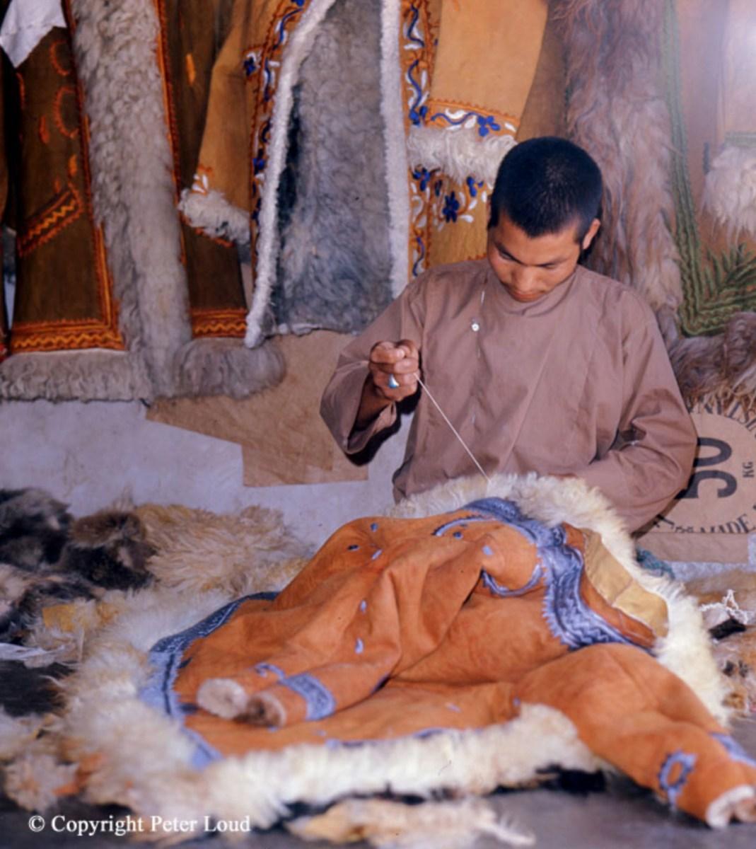 peter_loud_Afghan_Coat_Shop_1974_01